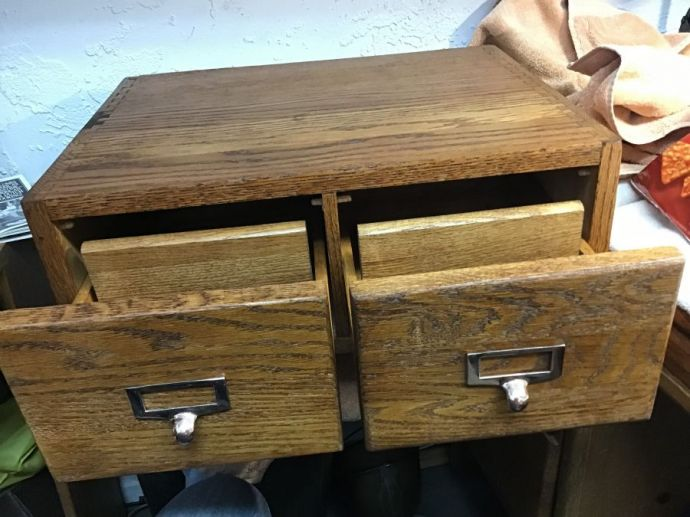 Oak 2 Drawer File Box, Dovetail Joints